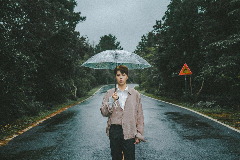 """Cantor coreano Kisu divulga cover de """"A Lenda"""", clássico de Sandy & Junior"""